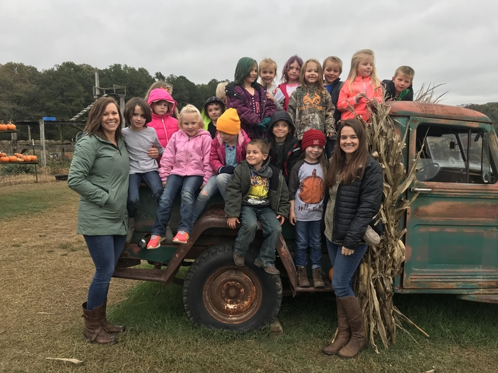 Kindergarten pumpkin patch trip
