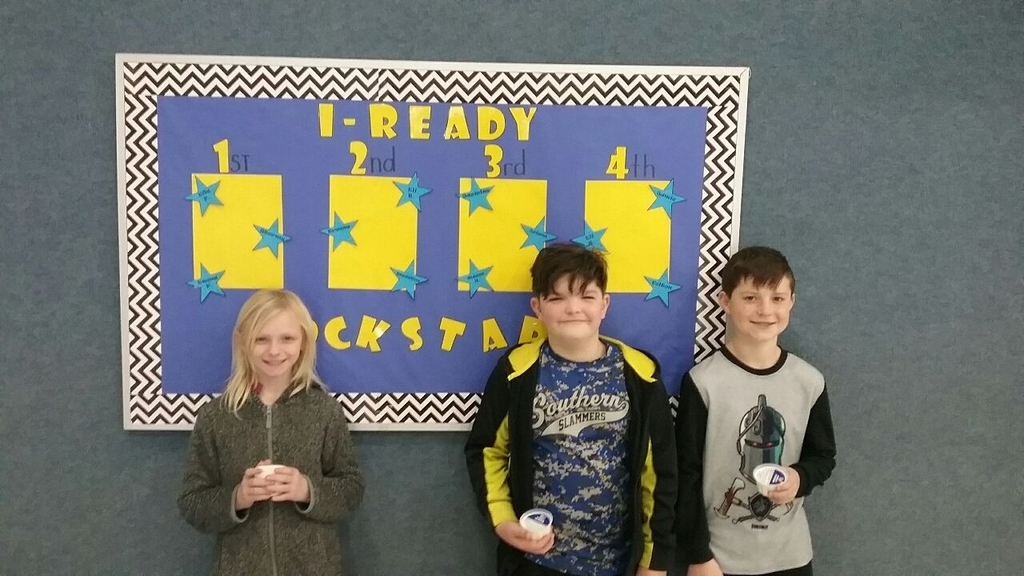 Thank you Alton Drug Store for providing these 4th graders with an ice cream treat! These students made the most progress in iReady so far this year!